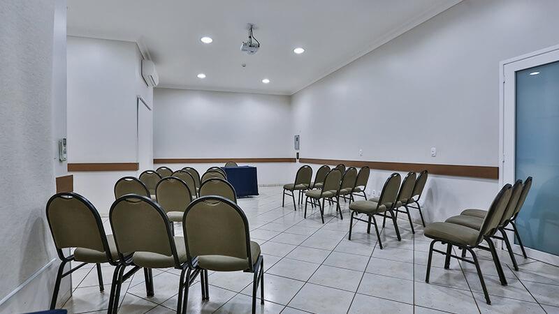 Ucayali Hotel Sala Mogno 07