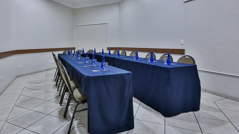 Ucayali Hotel Sala Mogno 10