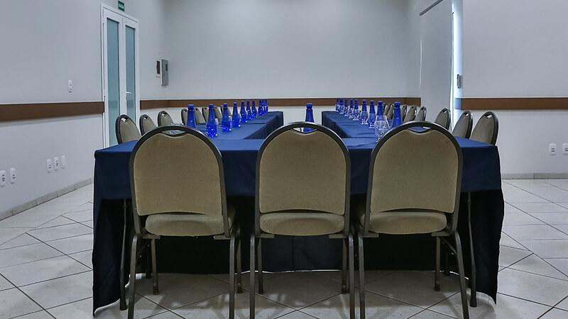 Ucayali Hotel Sala Mogno 20