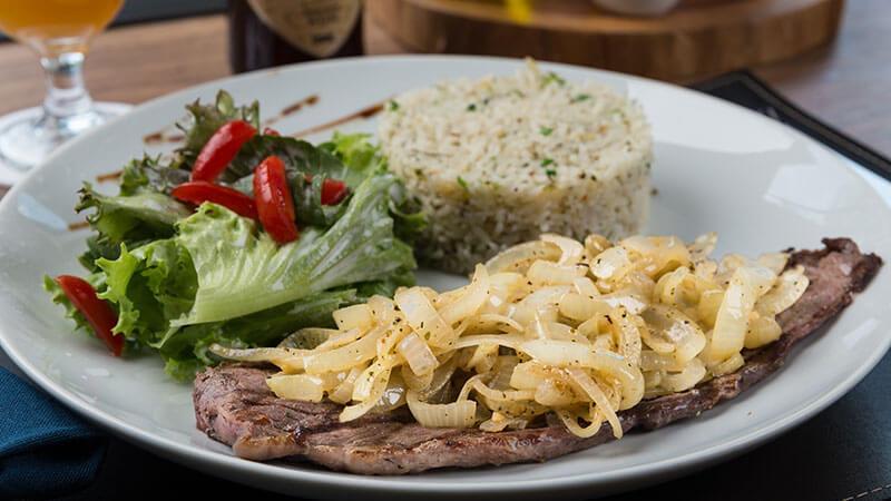 ucayali-hotel-sinop-restaurante-aruana-pratos-executivos-Bife_acebolado-6 (3)