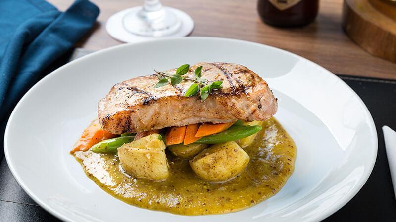 ucayali-hotel-sinop-restaurante-aruana-pratos-executivos-Picanha_Suína-4