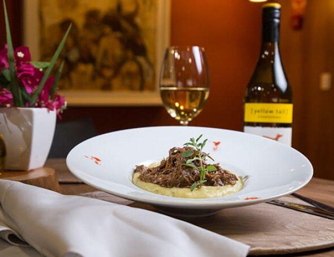 ucayali-hotel-sinop-restaurante-aruana-pratos-executivos-Carne_Polenta-7